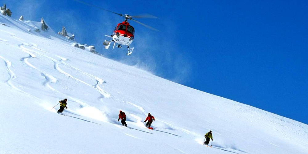 Heli-skiing Activities in Hilmalaya