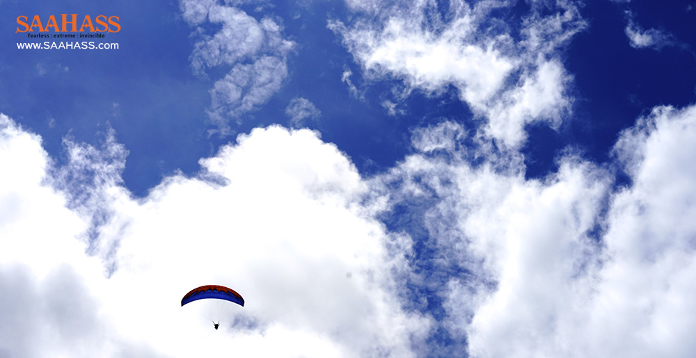 Paragliding Experiences in India